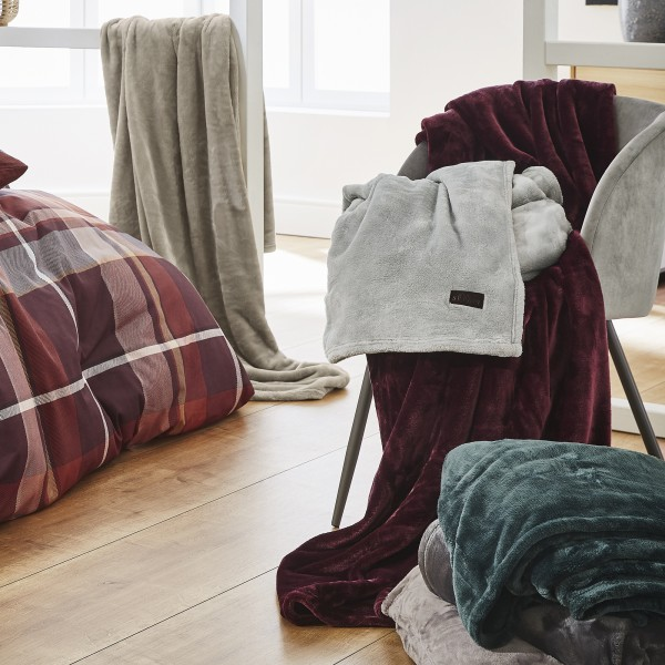 Fluffy-Flanell-Decke s.Oliver 2762